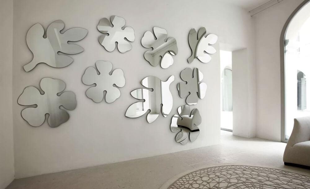Зеркальные наклейки для интерьера на стену
